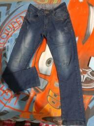 Calça jeans infantil número 10,pouco uso.