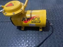 Compressor a Ar pouquíssimo usado m