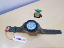 Relógio Skmei Verde Bateria 10 Anos Digital À Prova D'água Números Grandes Original