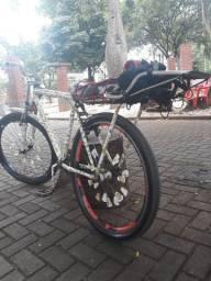 Vendo ou troco bike aro 26 em celular