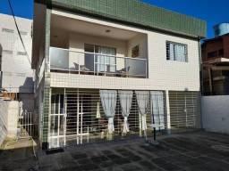 H.B Venda casa em Candeias, 160m muito ventilada. Na Av.comercial