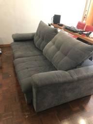Sofa 4 lugares retrátil queridinho + brindes (tapete e mesa)