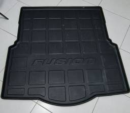 Título do anúncio: Proteção porta malas Fusion NOVÍSSIMO