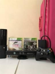 Xbox 360 Super slim 250gb + 29 jogos(2CD)+ 1 controle sem fio + Kinect