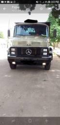 Caminhão 1518 no chassis