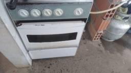 Título do anúncio: Vendo um fogão com resitrio e mangueira
