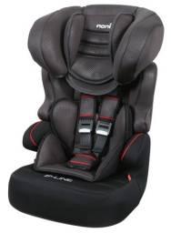 Cadeira de carro p criança nova na embalagem