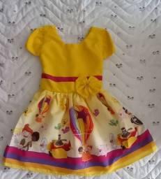 Vestido Mundo Bita tam 2 Amarelo