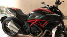 Ducati Diavel Carbon 2013/2013 - 2013
