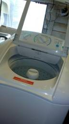 Máquina de lavar roupa da Eletrolux 9 kg