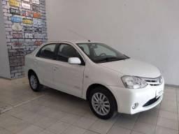 Toyota Etios 1.5 XLS Sedan - 2013