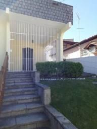 Excelente casa para locação no Bairro Santo Antônio. 04 quartos sendo 01 suíte