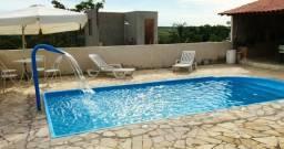 Casa com piscina em s.José de Almeida. 350 a diária do fim de semana comum