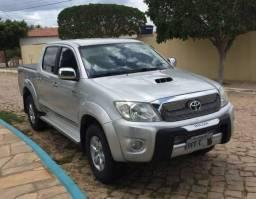 HILUX SRV 4x4 AUTOMÁTICA 2011 - 2011