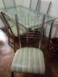 Mesa cromada com tampo de vidro + 6 cadeiras