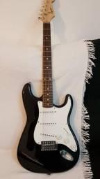 Guitarra Fender Squier Stratocaster Bullet