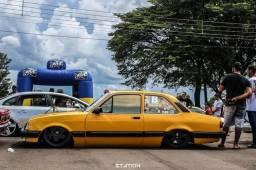 Chevette com suspensão a ar - 1990