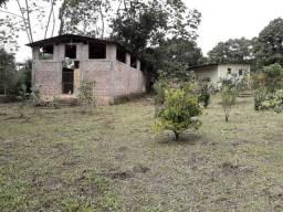 Sitio com Galpão e 4 Baias e Casa de Caseiro