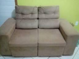 Sofá retrátil e reclinável, 3 lugares.