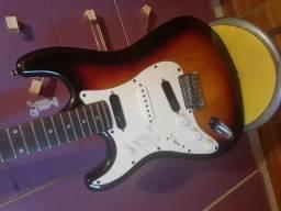 Guitarra sem uso