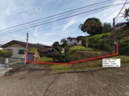 Abelardo imoveis - terreno com 411m² , possuindo 13,70m² de frente, zr1 - escola agrícola.