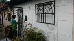 Três Casas de Vila no precinho