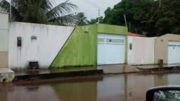 Alugo ou Vendo Casa em Condominio Fechado,Amaral de Matos,ao lado do Patio Nort