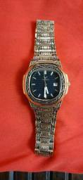 Vendo este lindo relógio maquinário suíço trabalhando a mao