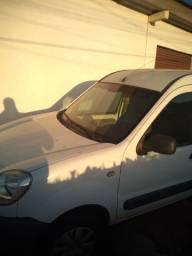 Renault kangoo express leia o anúncio