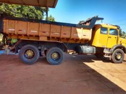 Mb caçamba truck