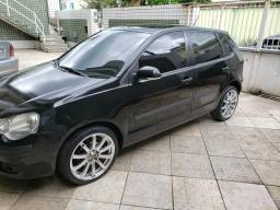 Polo hatch 1.6 completo - 2010