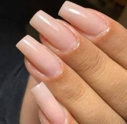 Procuro profissional nails designer(alongamento de unha)