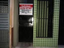 Aluguel kit net PAA, com sala, um quarto, área de serviço, banheiro