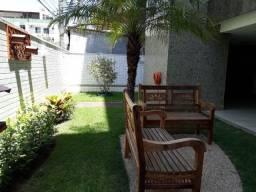 Alugo ótimo apartamento de 02 quartos/suite com armários, em rua tranquila - Mata da Praia