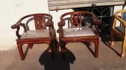 Duas cadeiras chinesas