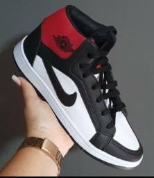 Título do anúncio: Basqueteira Air Jordan ?