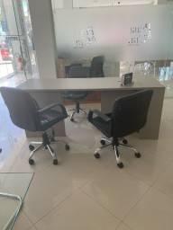 Mesa de escritório semi nova