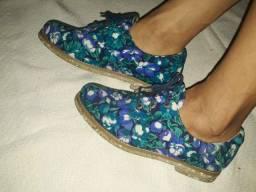 Oxford vegano azul florido