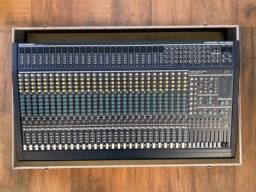 Mesa Behringer Eurodesk MX 3282A