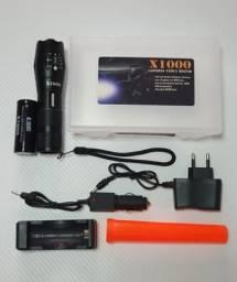 Lanterna tática x1000 recarregável mais potente que a x900,  novo.