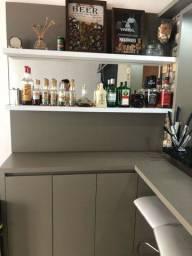 Bar com armário 4 portas