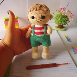 Título do anúncio: Boneco crochê amigurumi,com roupa e calçado