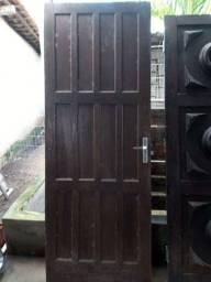 Porta de 80cm usada completa fechadura dobradiças