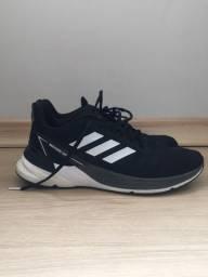 Tênis Adidas TAM 42