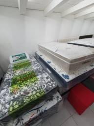 Título do anúncio: cama box e colchão