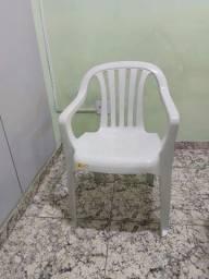 Título do anúncio: Vendo cadeiras de plástico