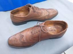 Sapato Masculino em couro Legítimo conservado