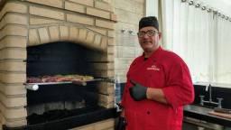 Daniel churrasqueiro e cozinheiro