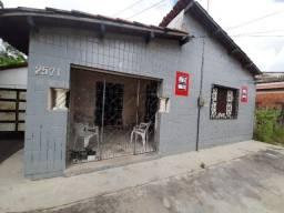 Casa no Centro de Caucaia