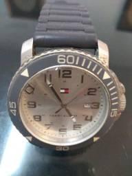 Título do anúncio: Relógio analógico Tommy Hilfiger stainless Stella original